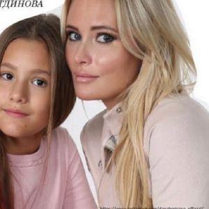 Подробнее: Дочку Даны Борисовой увезли на скорой после ссоры с мамой