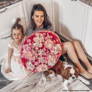 Подробнее: Ксения Бородина похвасталась растяжкой 4-летней дочери