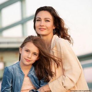 Подробнее: Десятилетняя дочь Евгении Брик и Валерия Тодоровского дебютирует в короткометражном кино
