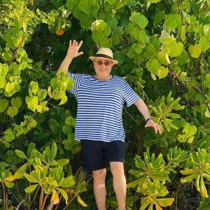 Подробнее: «Шикарный образ: Евгений Петросян показал подтянутую фигуру на отпускных фото