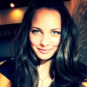 Подробнее: Кёрлингистка Анастасии Брызгалова продолжит выступать на соревнованиях без мужа