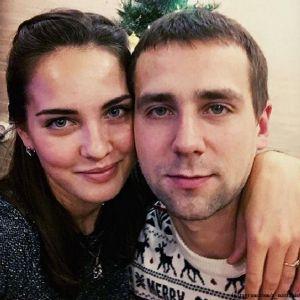 Подробнее: Анастасия Брызгалова из-за допинг скандала  выступит на соревнованиях не с мужем, а с другим...