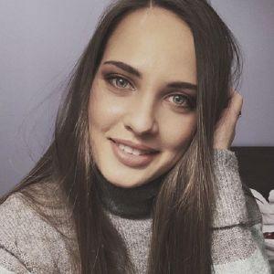 Подробнее: Анастасия Брызгалова скопировала Анджелину Джоли в ее известных ролях