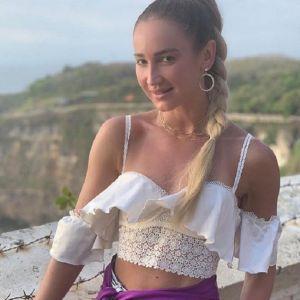 Подробнее: Ольга Бузова поделилась фото в купальнике со сногсшибательном декольте