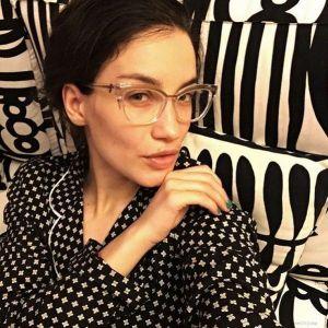 Подробнее: Виктория Дайнеко из-за Айфона теряет зрение