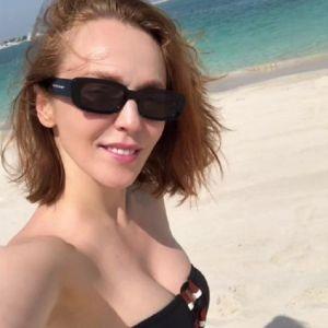 Подробнее: Альбина Джанабаева показала идеальную фигуру в купальнике
