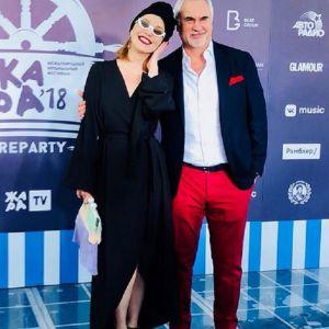 Подробнее: Альбина Джанабаева показала соблазнительную фигуру в купальнике