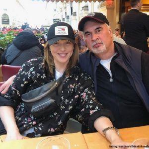 Подробнее: Альбина Джанабаева вышла в свет с Валерием Меладзе в платье с декольте до талии