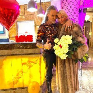 Подробнее: Никита Джигурда показал страстный поцелуй с Анастасией Волочковой