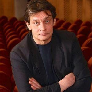 Подробнее: Александра Домогарова увезли на скорой