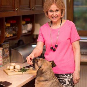 Подробнее: Дарья Донцова в 66 лет продемонстрировала поперечный шпагат