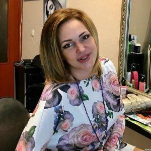 Подробнее: Алла Довлатова стала терять волосы после болезни