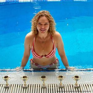 Подробнее: Алла Довлатова продемонстрировала свою коллекцию купальников