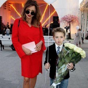 Подробнее: Ольга Дроздова с мужем и сыном побывала на благотворительном спектакле