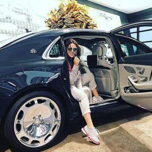 Подробнее:  Ирина Дубцова получила в подарок шикарное авто (видео)