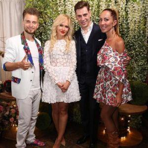 Подробнее: Дмитрий Дюжев, поздравляя  жену, намекнул, что хотел бы еще одного ребенка