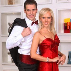 Подробнее: Дмитрий Дюжев с женой Татьяной отметили 10-ю годовщину свадьбы