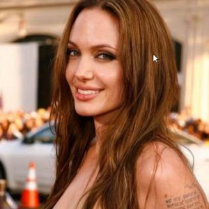 Подробнее: Анджелина Джоли теперь блондинка?!