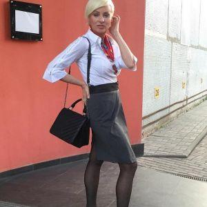 Подробнее: Жанна Эппле удивила своей фигурой в бикини