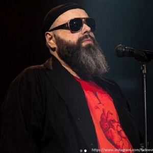Подробнее: Макс Фадеев запретит своим артистам получать награды