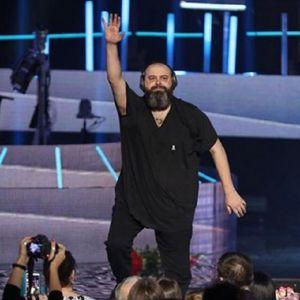 Подробнее: Макс Фадеев выступил на концерте, будучи полностью глухим