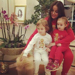 Подробнее: Оксана Федорова показала фото подросших детей