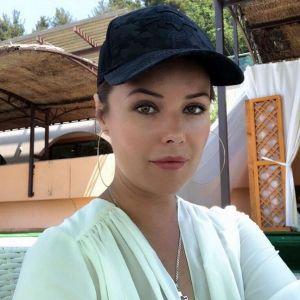 Подробнее: Фолловеры Оксаны Фёдоровой негодуют: «Возраст не позволяет!»