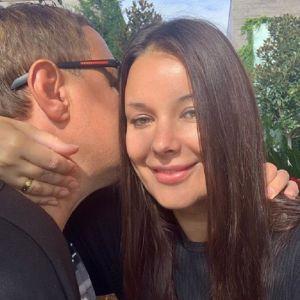 Подробнее: Оксана Федорова вместе с детьми трогательно поздравила «капитана  большого корабля»