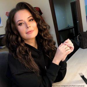 Подробнее: Оксана Федорова раскрыла секрет красивых волос