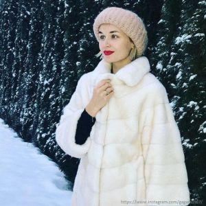 Подробнее: Полина Гагарина поделилась семейным фото с Нового года