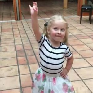 Подробнее: Максим Галкин запечатлел, как его дочь Лиза танцует под музыку из оперы Бизе «Кармен»