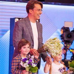 Подробнее: Максим Галкин показал, как Лиза и Гарри радуются, когда он возвращается с гастролей