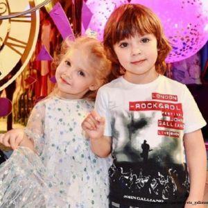Подробнее: Дети Максима Галкина поздравили всех с пасхой (видео)