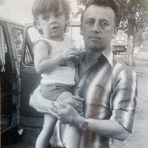Подробнее: Максим Галкин показал архивные кадры и рассказал о своем отце - генерале