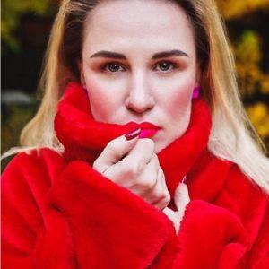 Подробнее: Валерия Гай Германика открыла онлайн-магазин цветных шуб