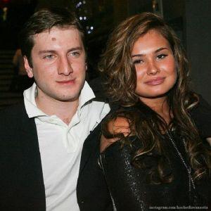 Подробнее: Бывшая жена Гигинеишвили рассказала о его изменах с Надеждой Михалковой