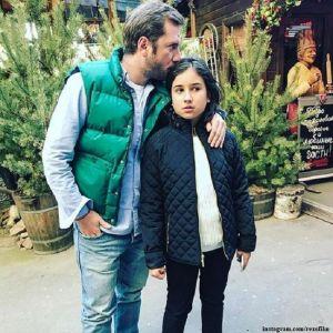 Подробнее: Резо Гигинеишвили опубликовал фото подросшей дочери от первого брака