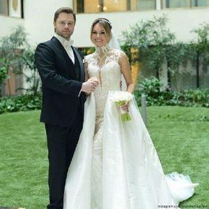 Подробнее: Виталий Гогунский  устроил роскошную свадьбу с коллегами из сериала «Универ»