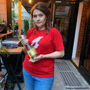 Подробнее: Располневшая Мария Голубкина вызвала восхищение своим танцем на улице