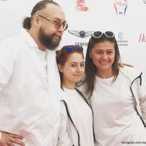 Подробнее: Бывшая жена и теща Ливанова предупреждают Марию Голубкину о страшной болезни жениха