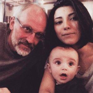 Подробнее: Молодая супруга Александра Гордона показала редкий семейный кадр