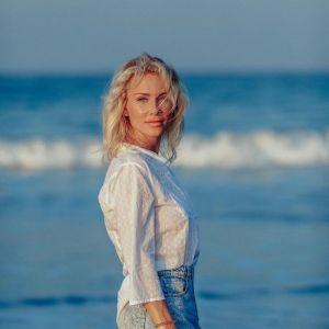 Подробнее: Екатерина Гордон в откровенном купальнике призвала женщин быть уверенными в себе