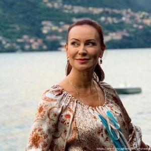 Подробнее: Нонна Гришаева вышла в свет с повзрослевшей дочерью