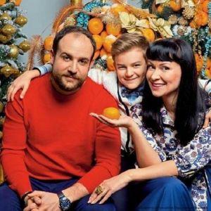 Подробнее: Нонна Гришаева побывала с семьей на новогодней премьере в своем театре