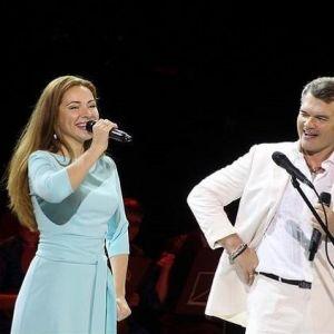Подробнее: Евгений Дятлов и Екатерина Гусева выступили на фестивале «Шукшинские дни на Алтае» (видео)