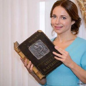 Подробнее:  Екатерина Гусева и другие презентовали «Анну Каренину» на ипподроме