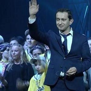 Подробнее: Константин Хабенский собирает миллионы для детей