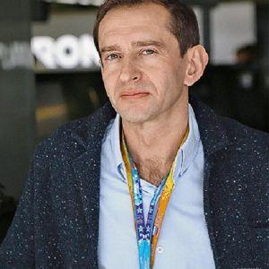 Подробнее: Константин Хабенский:  «какой-то момент состояния, похожего на гонку, в актерской работе тоже...