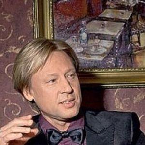 Подробнее: Дмитрий  Харатьян открыл свою « школу Гардемаринов».