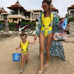 Подробнее: Анна Хилькевич с 2х-летней Арианной модничали в Таиланде в одинаковой одежде